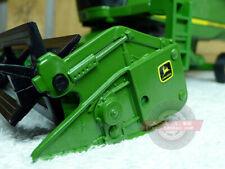 John Deere Combine model tractor Ertl 1-32