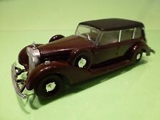 RIO MERCEDES BENZ CABRIOLET 1937 CLOSED TOP -  BROWN/RED 1:43 - GOOD CONDITION