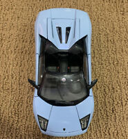 Lot of 2 Burago1/18 Lamborghini Murcielago Roadster-Blue & Aventador White