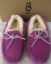 UGG Australia Shoes Slippers NIP Girls Dakota Moccasins US 1 / UK 13 / EU 31 NIB