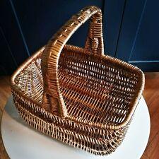 Basket. Plants. Drinks. Picnics. Retro shopper. Upcycled. Gold. Tiki. Boho