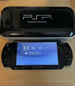 Sony PSP-2001 console black tested! (case, charger and game included)