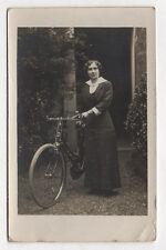 PHOTO CARTE Transport Vélo Bicyclette Femme Vers 1920 - Vintage Robe Mode