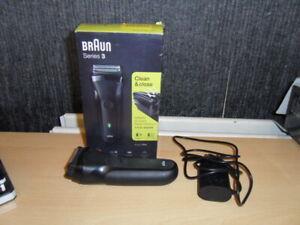 Braun Series 3 300s Mens Electric Clean Shaver Rechargeable Waterproof Razor