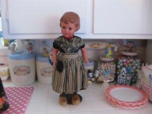 Adorable Vintage Schildkrot Celluloid Plastic Dutch Girl Doll Turtle Mark T43