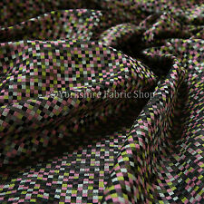 10 Metres Of New Small Square Modern Pattern Interior Upholstery Fabric Pink