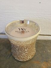 WoodWick Medium Hourglass Candle 9.7 oz. #78268 Vanilla and Seasalt