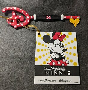 Disney Store Opening Ceremony Positively Minnie Mouse Collectible Key Limited LR