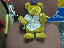 Baseball Bears - Minnesota Twins- with wood bat & glove