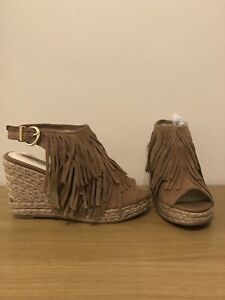 Ladies Brand New Light Brown Fringe Style Wedge Sandals Size 6