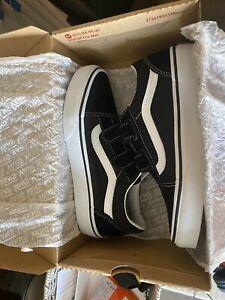 Vans Old Skool V Size 2.5 Brand New In Box