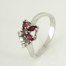 Ring in 585/- Weißgold mit 3 Rubinen + 3 Diamanten Gr. 54