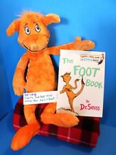 Kohl's Dr Suess's Orange Bear 2005 plush and The Foot Book(310-1838)