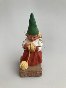 "Rien Poortvliet Artina Female Knitting Gnome 1988 USA 5"""
