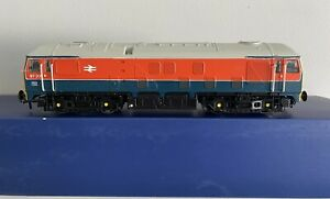 Bachmann OO Gauge Class 24 diesel 97201, Derby RTC livery *Respray*