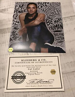 Autograph Gal Gadot 8x10 With Inspiration Words Casual Look Coa Showcase