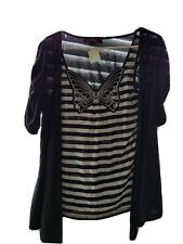 Almost Famous Butterfly Top Sixe Xl Junior Nwt