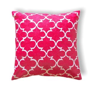 Decorative Handmade Wool Geometric Pattern 50x50 Cm Red & White Cushion Cover