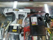 Senco Duraspin Ds200 144 Volt Cordless Screwgun Drill Power Tools Need Battery