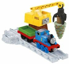 Thomas and Friends Take-n-Play REG'S CHRISTMAS SURPRISE Exclusive Play Set with