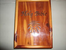 Vtg United Auto Workers Cedar Bible Box Dove of Peace Comfort Ed White Bible1965