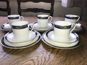 Set Of 4 Royal Doulton Regalia Tea Plates, Cups & Saucers Vintage China H5130