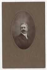 PHOTO - CABINET - Homme Ovale Moustaches Eug. OULMANN à Puteaux - Vers 1920