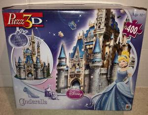 Milton Bradley PUZZ 3D Cinderella's Castle Walt Disney 400 Piece 3D Puzzle 100%