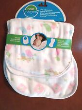 Neat Solutions Baby Girls Bib and Burp Cloth Set Cotton Muslin Birds/Deco Square