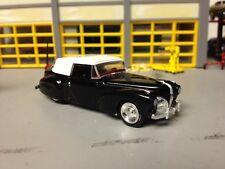 1/64 1941 Lincoln Contonental Conv. in Black/Red Int/White Top/ Rubber Tire/ V12