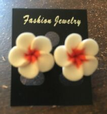 NEW Beautiful Hawaiian Plumeria White Flower Fimo Polymer Clay Pierced Earrings