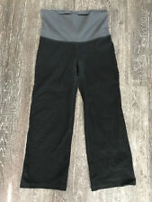 Woman's Gap Fit Size Small Black/Gray Capri Stretch Athletic Pant