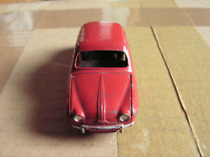 Dinky 24 E Renault Dauphine 1:43- Made in France Meccano