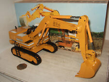Conrad 2828 Hydraulic Excavator R984 Litronic for Liebherr in 1:50 scale.