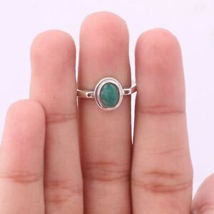 Emerald Gemstone Solitaire Ring Size 8 925 Sterling Silver Jewelry KB09881