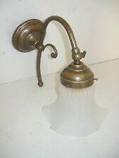 Applique da parete in ottone anticato bagno ingresso con vetro satinato