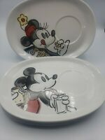 4 Disney MICKEY MOUSE Oval LUNCHEON PLATES Goofy/Minnie/Donald Duck