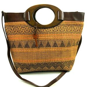 FOSSIL Woven Wicker Straw Handbag Purse Satchel Tote Key Detail Wood Handle