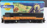 Athearn 3462 Milwaukee Road GE U30C Powered Diesel Locomotive 8006 HO Scale