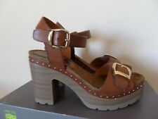 LADIES  REFRESH SIZE 6/39 SANDALS SHOES  BROWN PLATFORM WORN ONCE FOR SHORT TIME