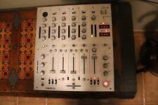 Mesa de mezclas / Controladora RELOOP RMX-40 BPM