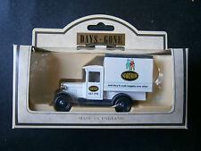 LLEDO  DAYS  GONE   1934  CHEVROLET  BOX  VAN  MADE  IN   ENGLAND