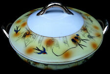 VINTAGE - S - HAND PAINTED SWALLOW BIRDS DESIGN HANDLED ROUND COVERED BOWL JAPAN