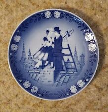 Royal Copenhagen, The Shepherdess And The Chimney Sweep Plate-Blue/white, 1983