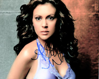 Alyssa Milano signed 8 X 10 photo~~ Super Hot & Sexy Smoking~~