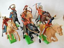 ORIGINAL BRITAINS DEETAIL MOUNTED INDIANS FULL SET OF 6... cat-no 7539