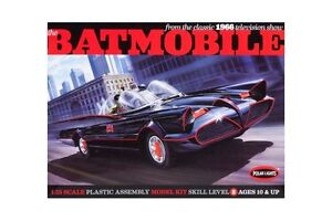 discontinued 2011 polar lights 837 1/25 Scale Classic 1966 TV Batmobile new