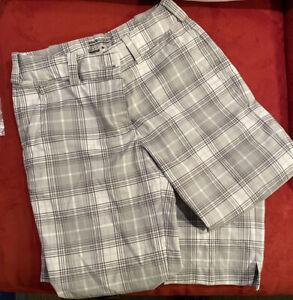 Nike Golf Pants Size 0 Gray Plaid Check Tour Performance Dri Fit Pockets Cropped