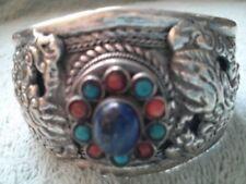 Pulseras de joyería con gemas de plata tibetana