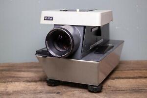 Rollei P11 Medium Format Slide Projector Kit (150mm lens)